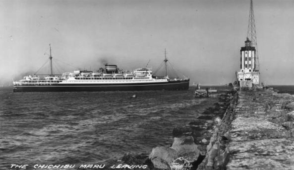 (1938) - The Chichibu Maru passing by the Harbor Lighthouse as it leaves Los Angeles Harbor. (photo courtesy Water and Power Associates)