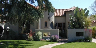 What can you buy under $400,000 in Lomita?