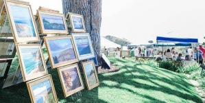 Art By The Sea with Poetic Expression
