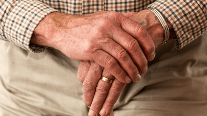 Helping Seniors Cope With The Loss Of Their Spouse